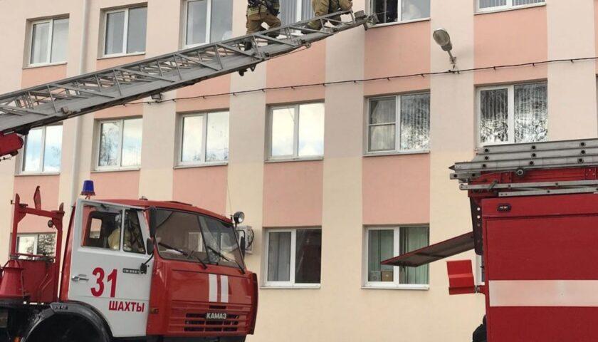 В Шахтинском казачьем кадетском корпусе по легенде учений загорелся спальный корпус