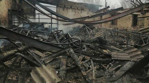 На выезде из города Шахты сегодня ночью произошел крупный пожар