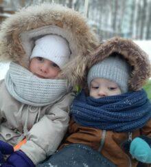 Ермоловы Александра и Гордей, 4 и 1 год