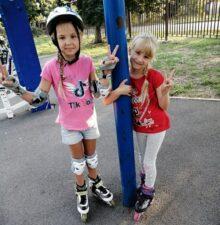 Крыловы Алиса и Ульяна, 7 и 6 лет